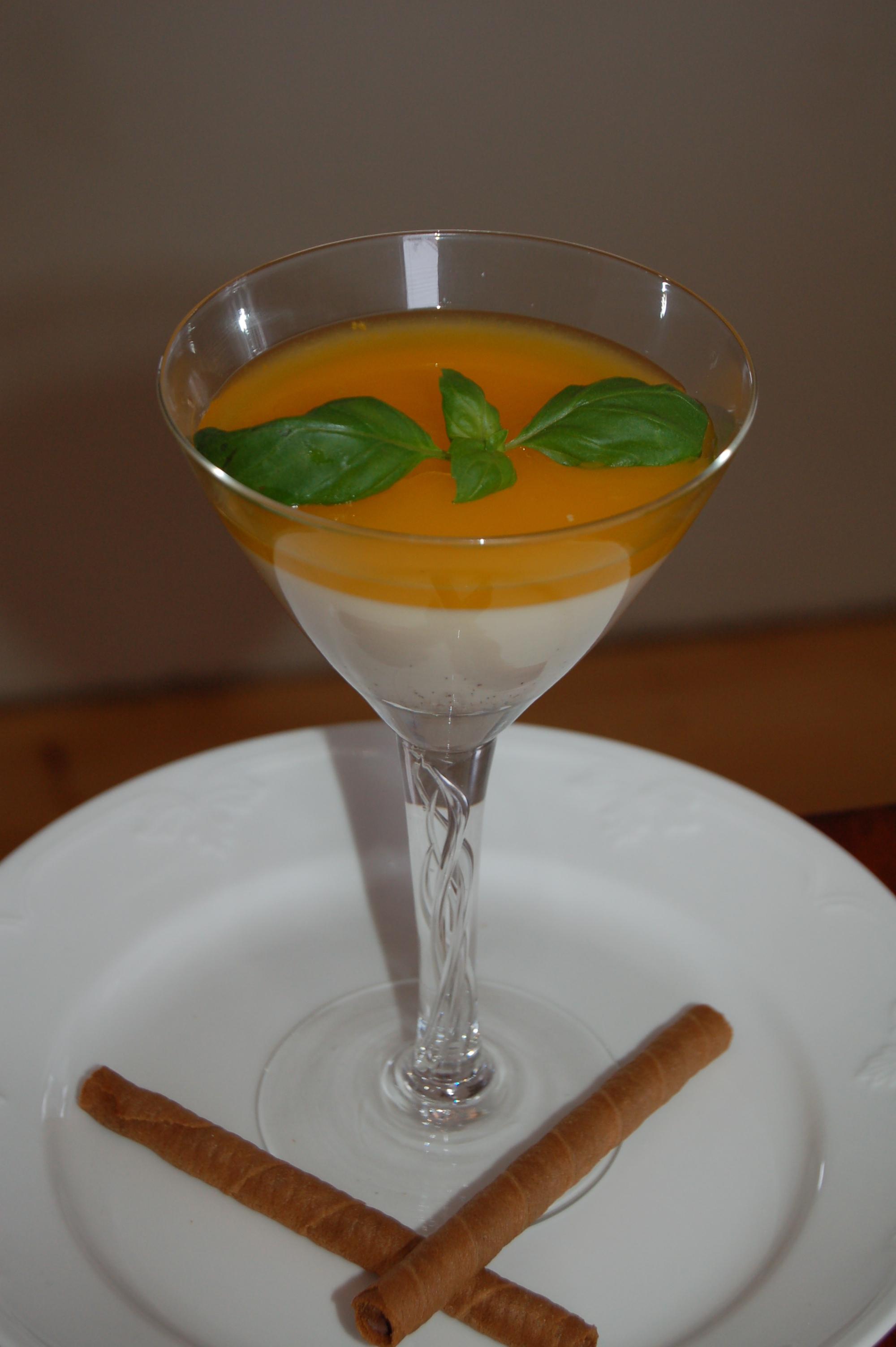vaniljpannacotta med passionsfrukt