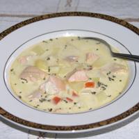 laxsoppa med potatis
