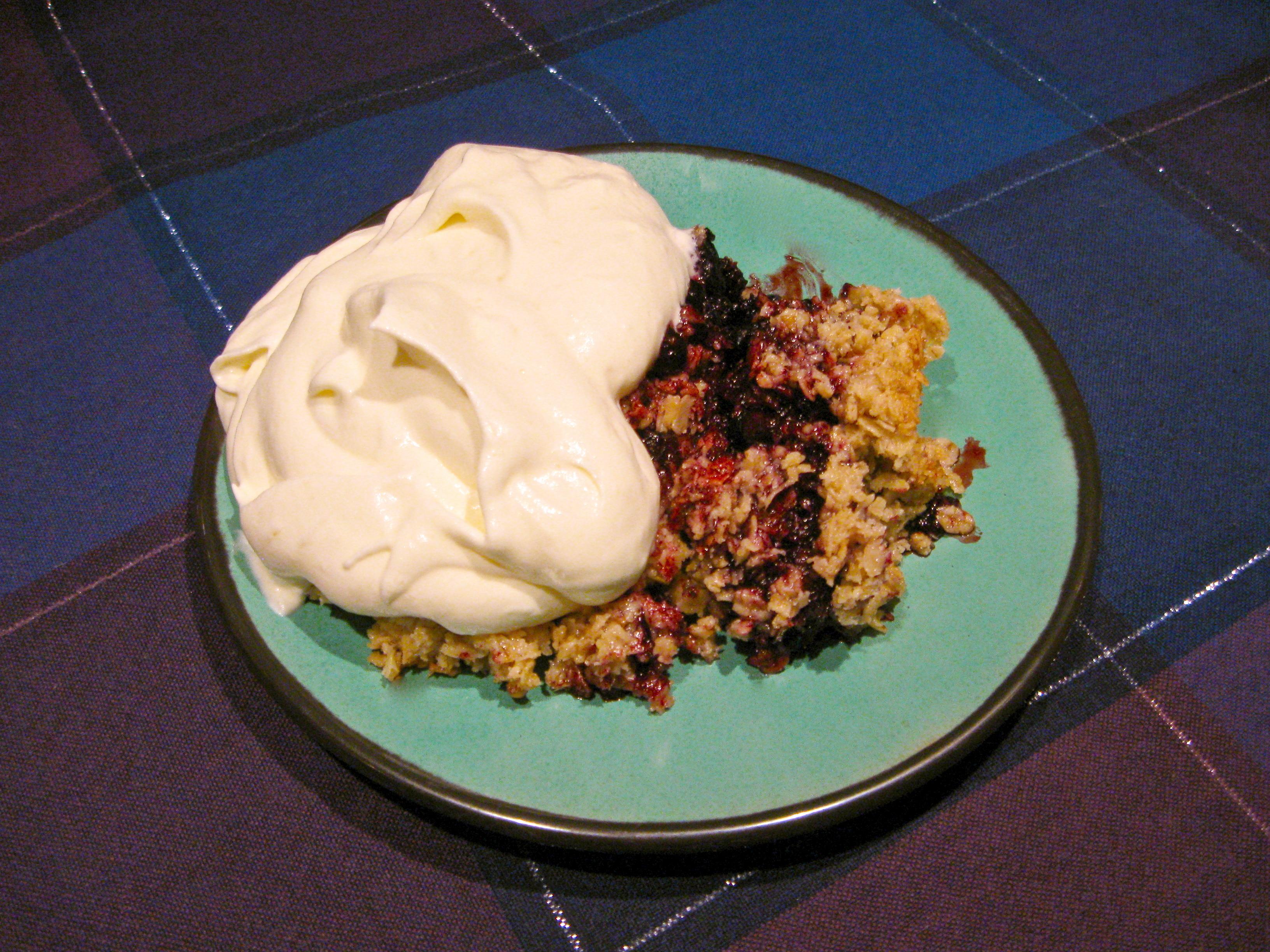 glutenfri blåbärspaj med havregryn