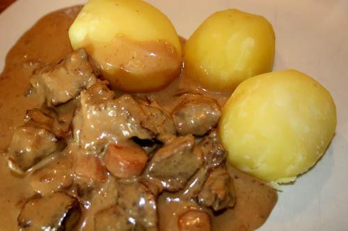 afrikansk köttgryta med jordnötssmör