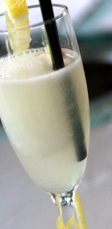 drink tilltugg i glas