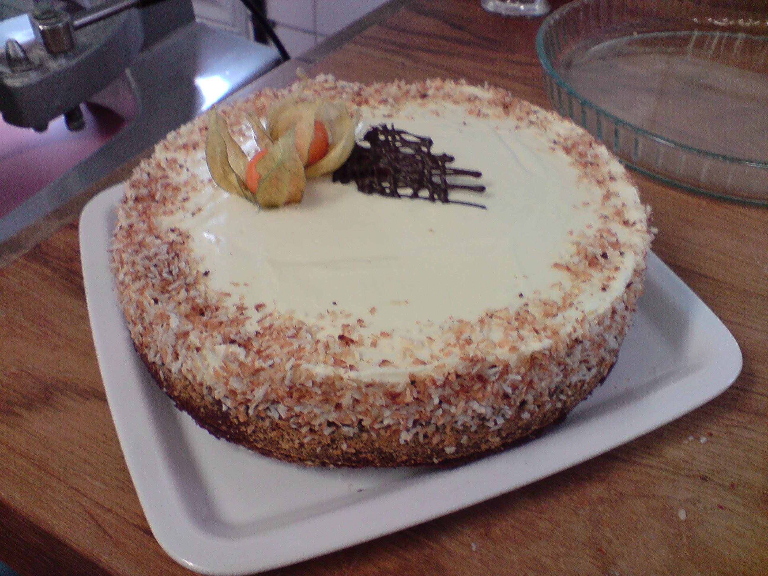 chokladtårta med vit chokladmousse