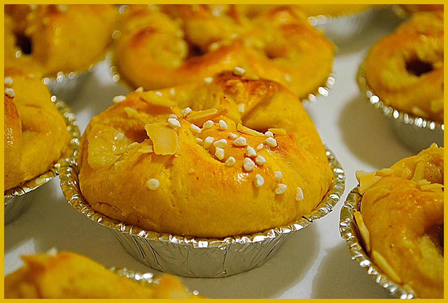 brända mandlar med mandelmassa