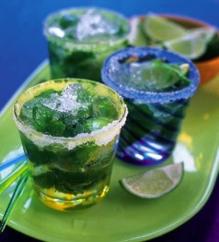 lime juice med mynta