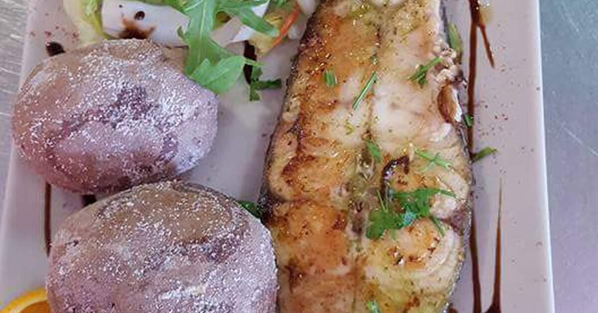 Recetas de rodajas de cherne mytaste for Cocinar tintorera