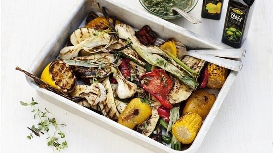 Grillade grönsaker med salsa verde