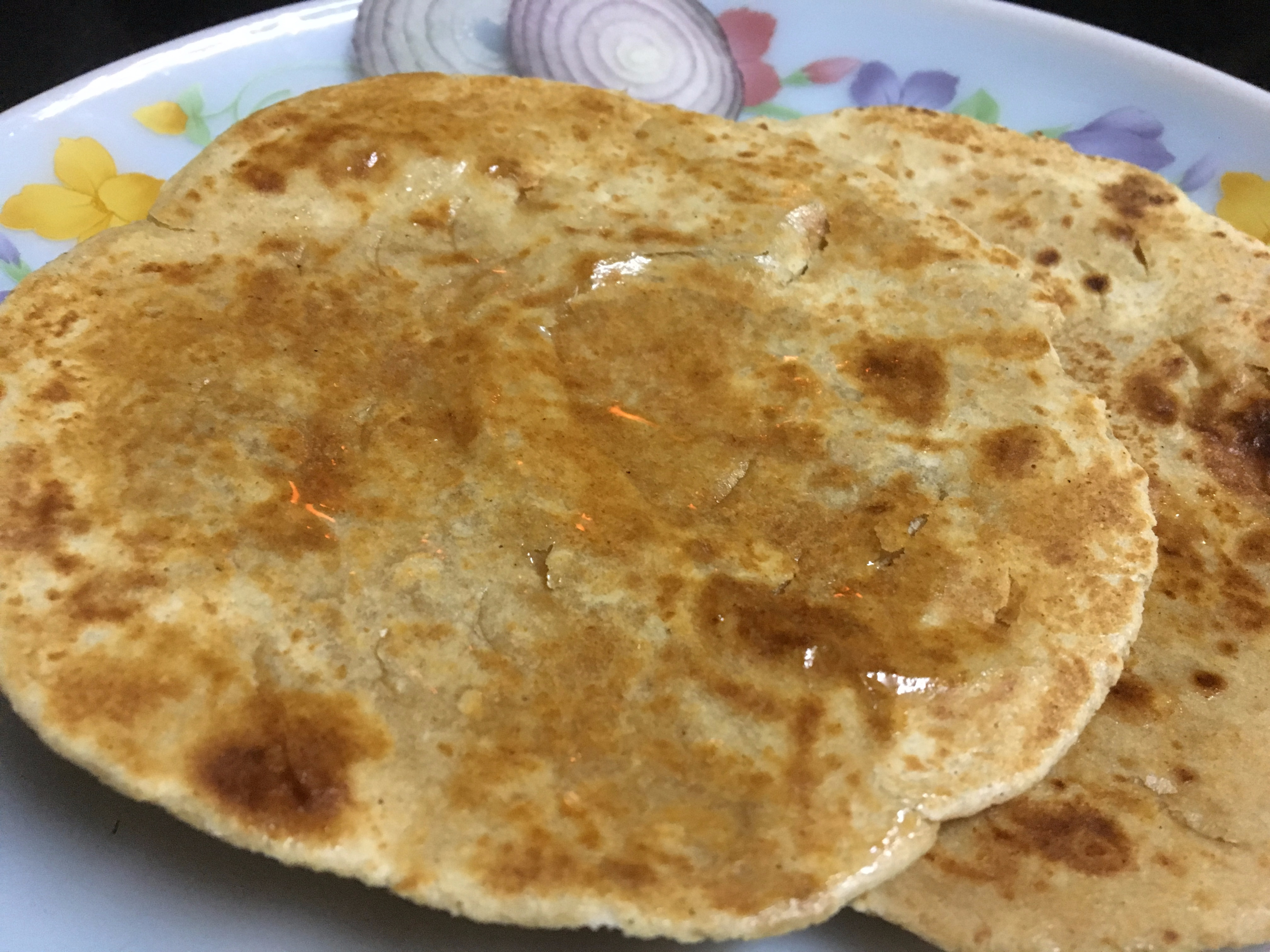 Whole Wheat Flour Bhakri (Gehun ke atte ki bhakri)!