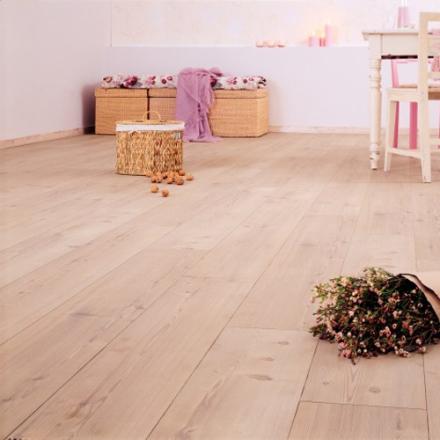 BerryAlloc Laminatgolv Original Furu Lutad Plank