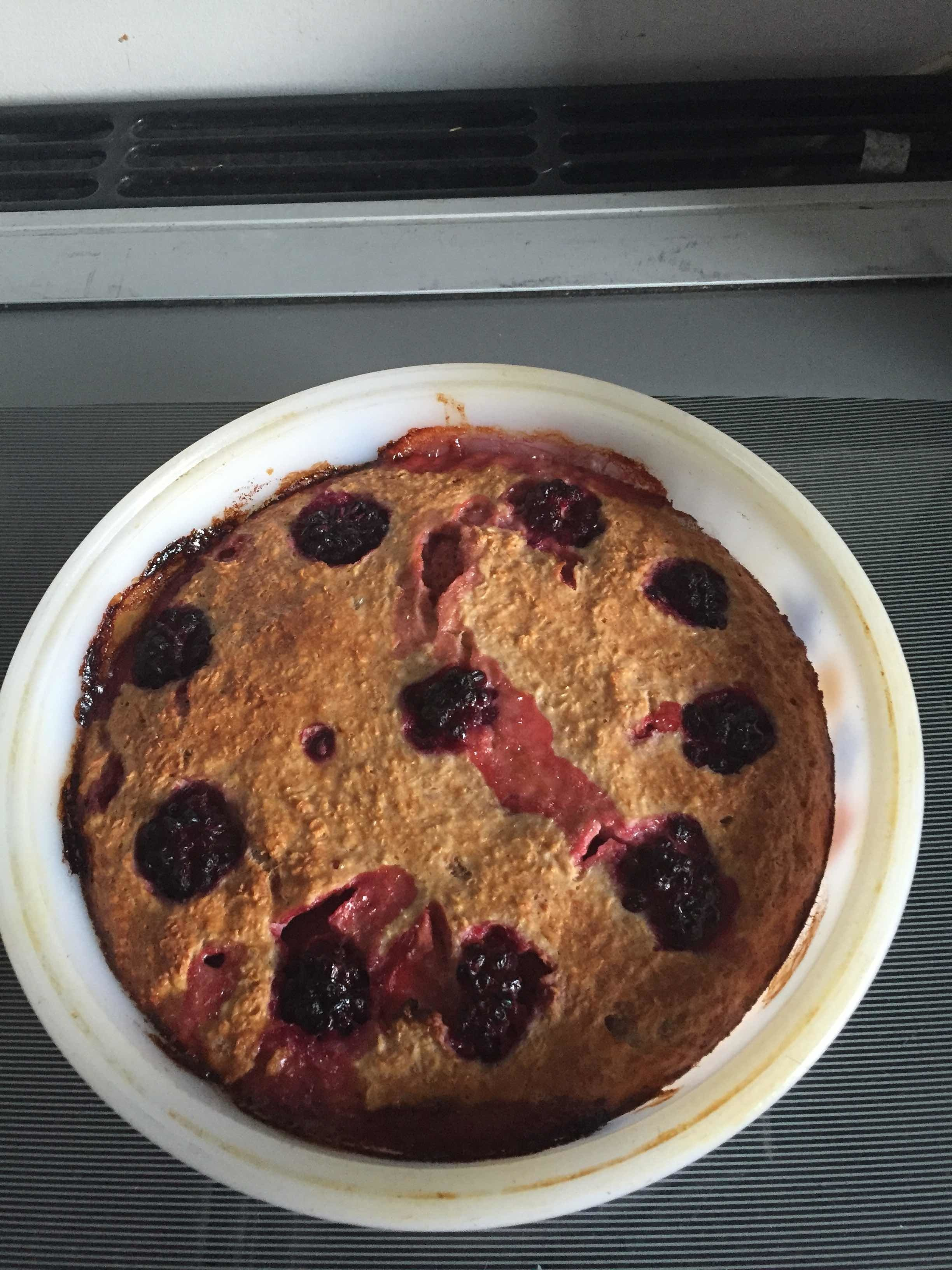 Porridge oats breakfast cake