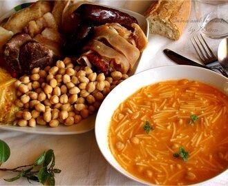 Recetas de cocido de garbanzos andaluz con chorizo mytaste - Cocido de garbanzos en olla express ...