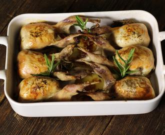 Recetas de cocinar codornices al horno mytaste for Cocinar kale al horno