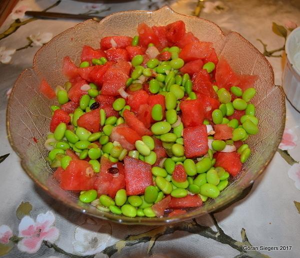 Melonsallad med bönor på asiatiskt vis