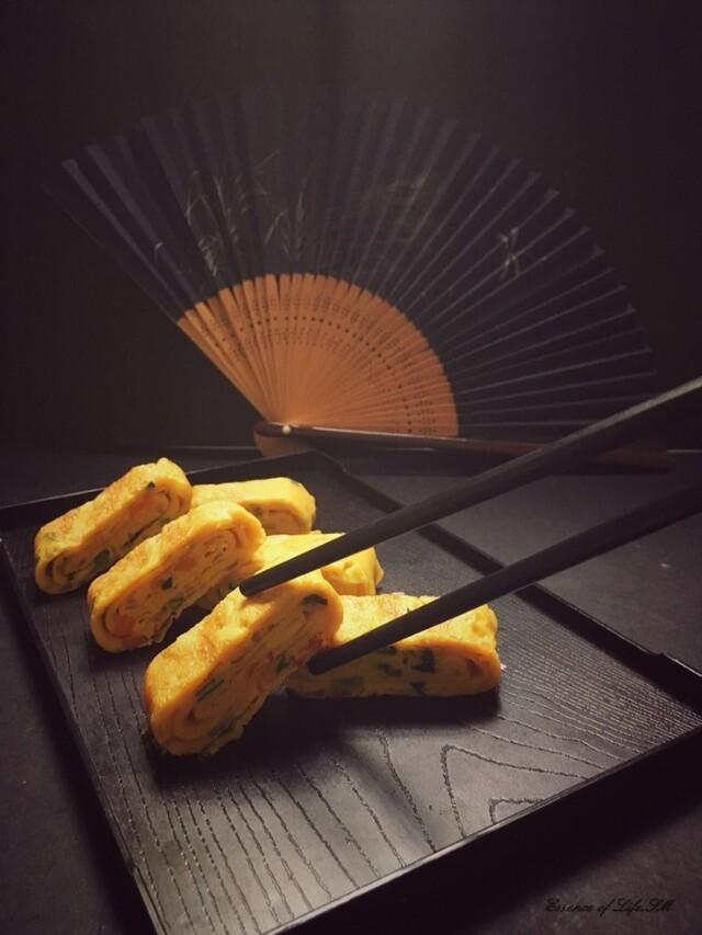 TAMAGOYAKI / JAPANESE ROLLED OMELETTE - Recipe from myTaste
