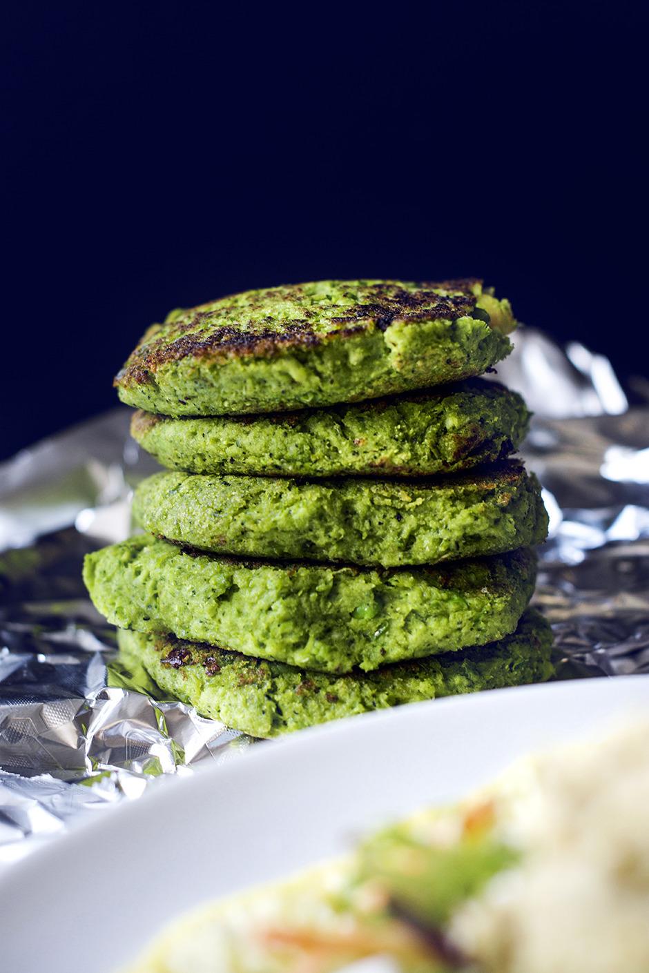 Vegetariska ärt- och broccolibiffar
