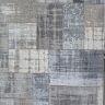 Matta i Patchwork-stil. Natur/grå. Mått: 140 x 200 cm.