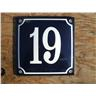 Husnummer skylt emaljerad emaljskylt Blå Nr 19 större skylt