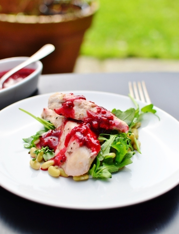 Chicken, redcurrant gravy , beans and rocket leaves