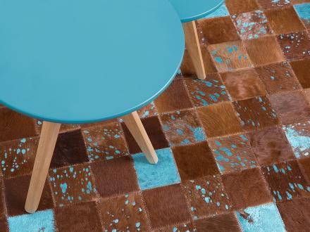 Matta - brun-blå - patchwork - skinnmatta - kort lugg - 160x230 cm - ALIAGA
