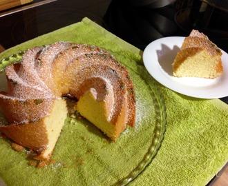Recetas de bizcocho de maizena y yogur mytaste for Bizcocho limon esponjoso