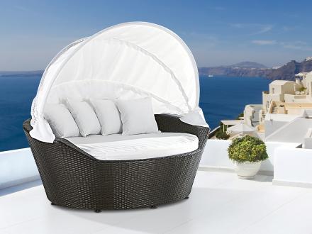 Solsäng med soltak i konstrotting - strandkorg - vilsäng - loungesäng - SYLT