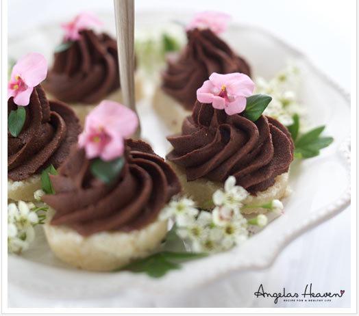 Nyttig rawfoodbakelse med chokladmousse