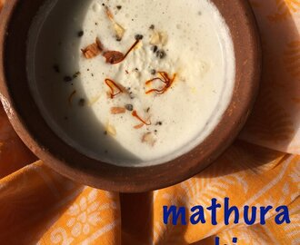 how to make thick lassi