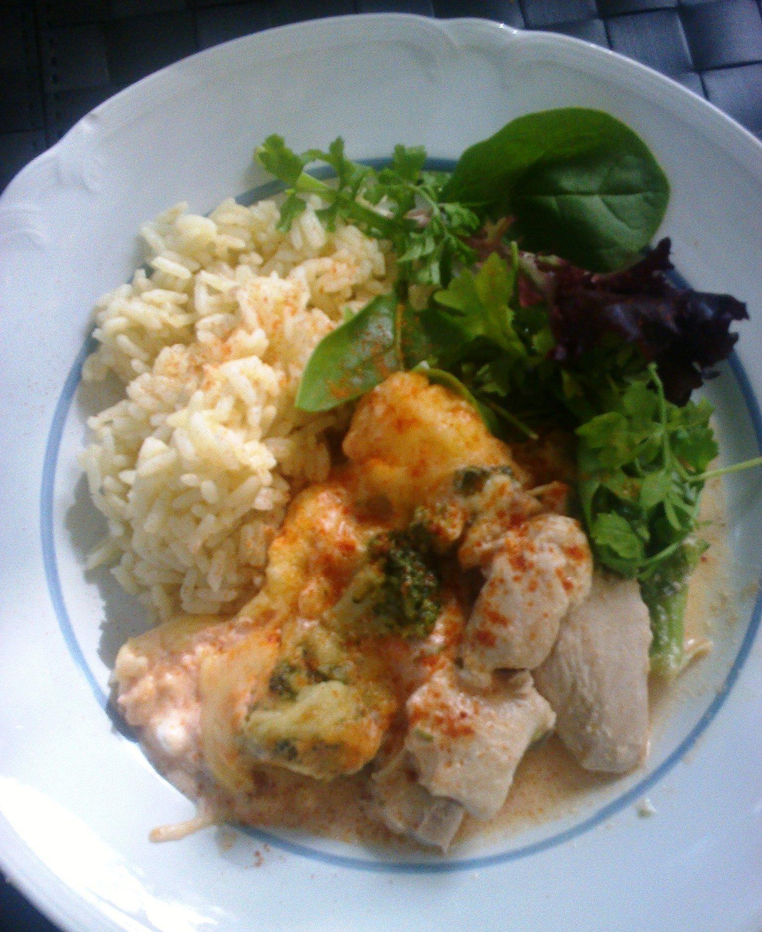 Kyckling- och broccoligratäng