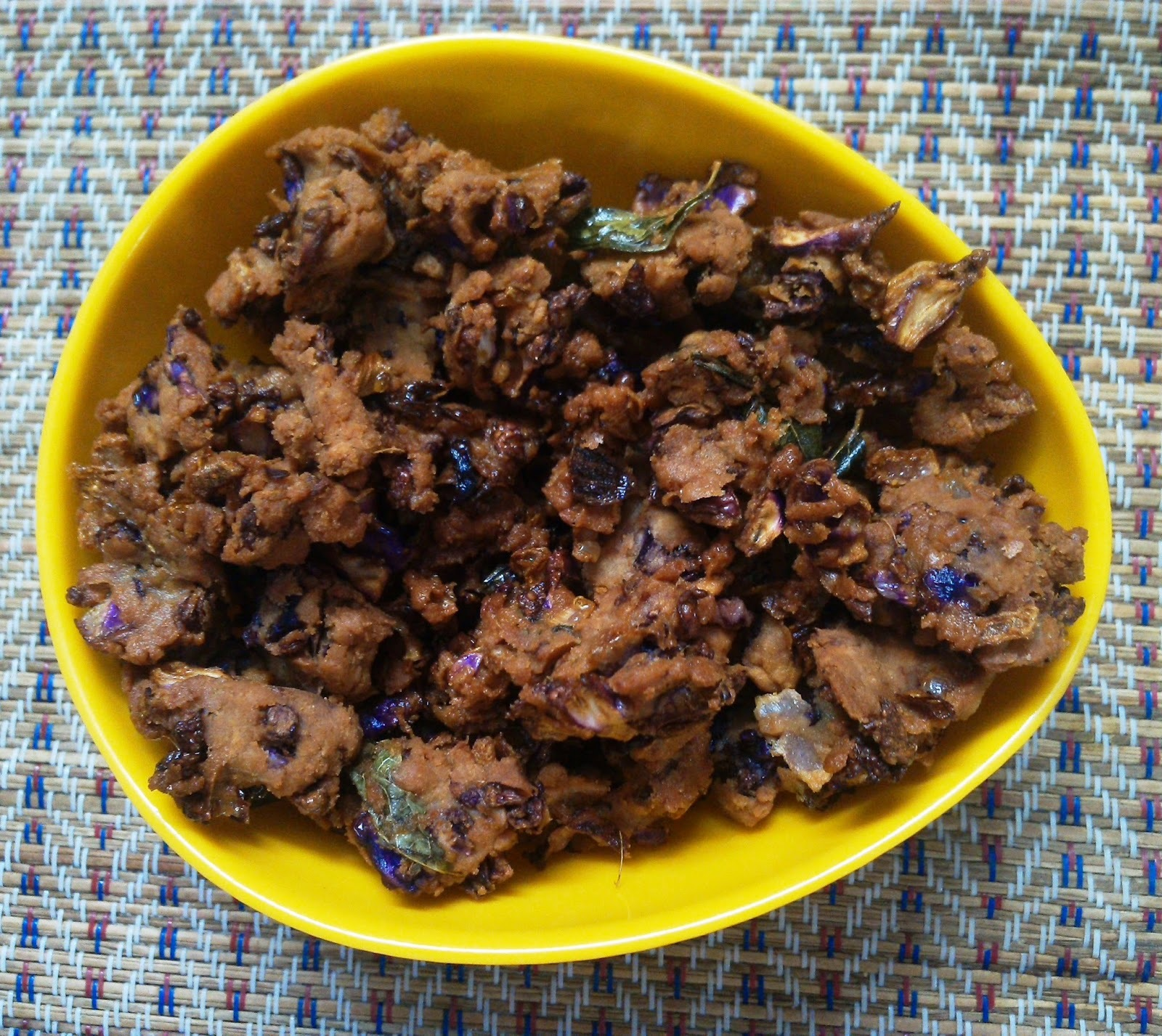 Crispy Red Cabbage Pakoda