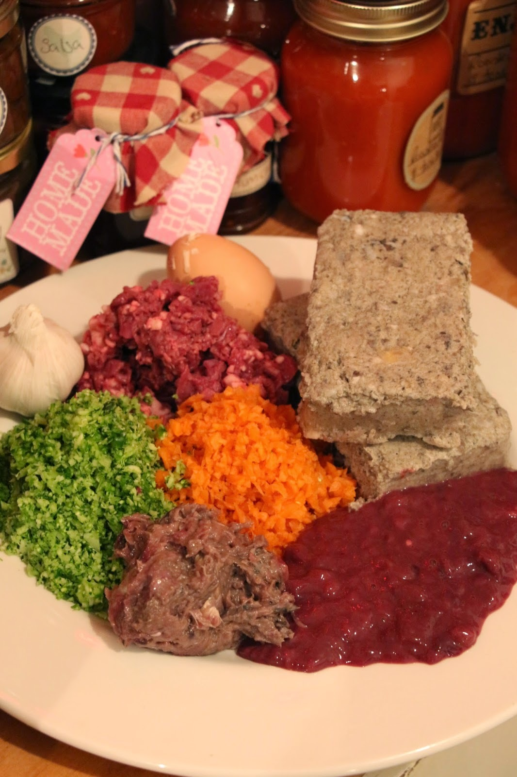 RAW FOOD DIET FOR DOGS COMPLETE GUIDE