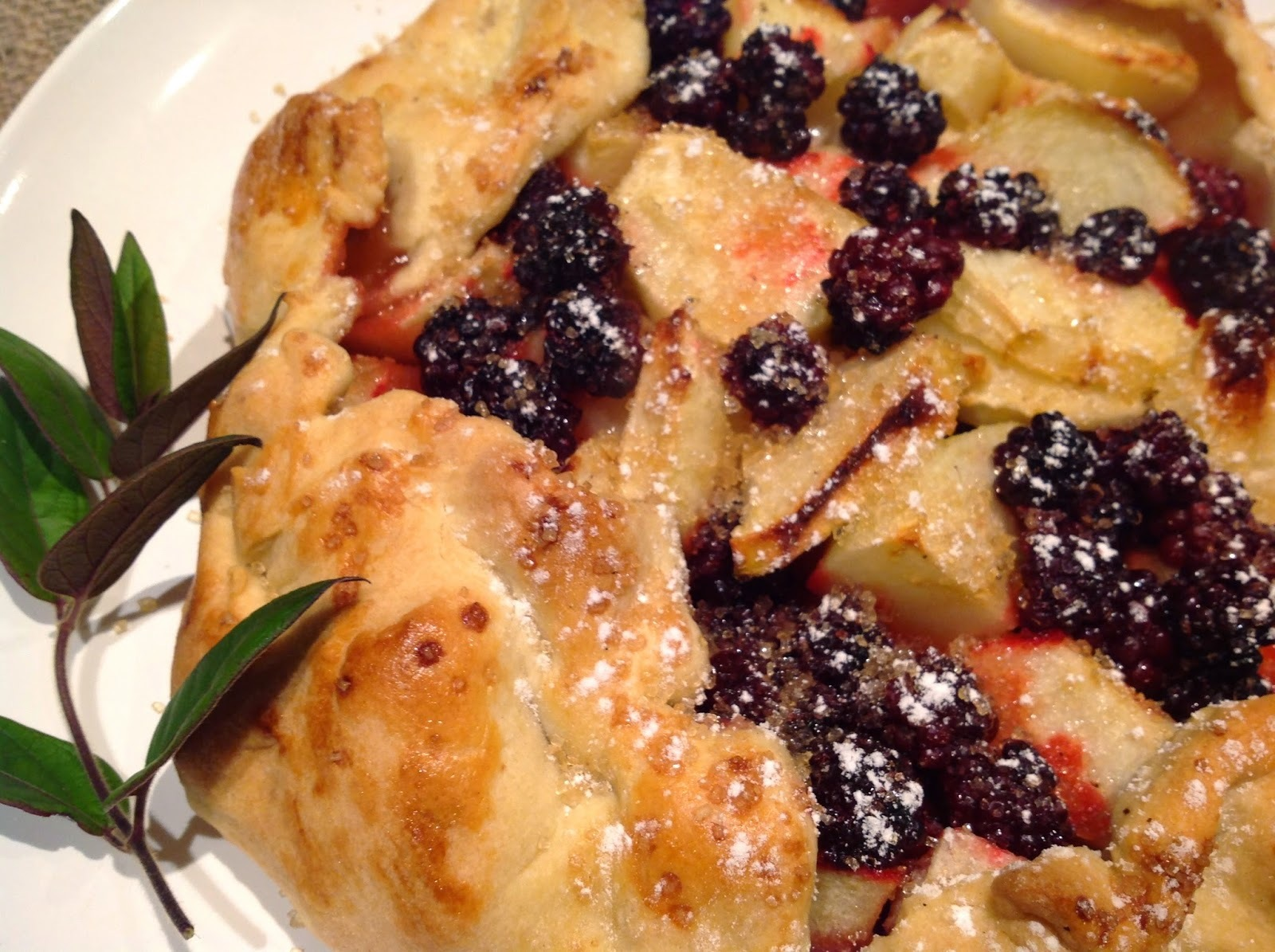 One-Crust Blackberry and Apple Pie