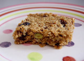 Fruity Banana Breakfast bars (AKA Flapjacks in disguise!)