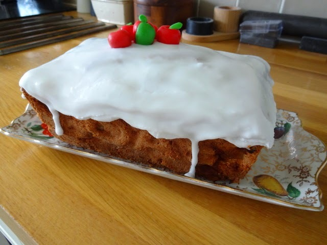 Apple loaf cake for Stamford Cake Club