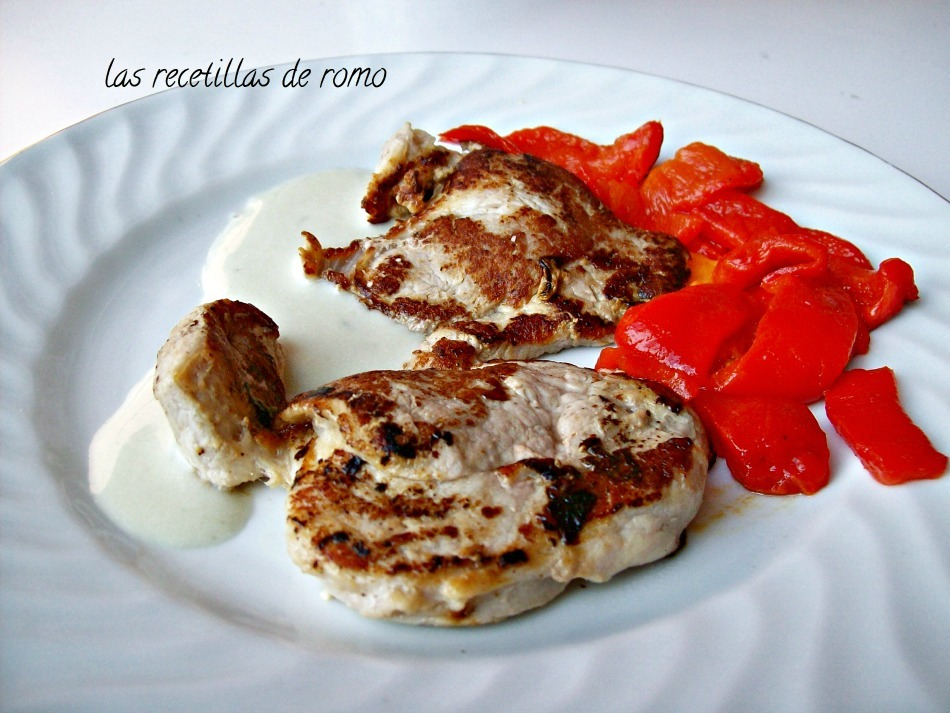 FILETES DE SOLOMILLO CON SALSA ROQUEFORT