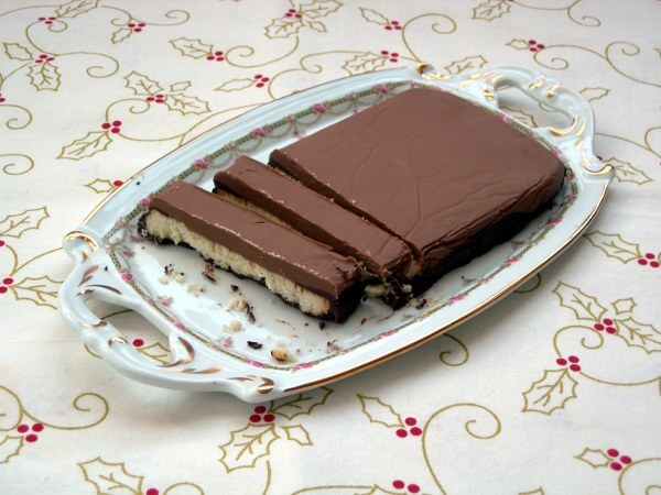 Turrón dos chocolates y galleta