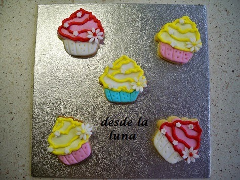 FALSOS CUPCAKES  (GALLETAS)
