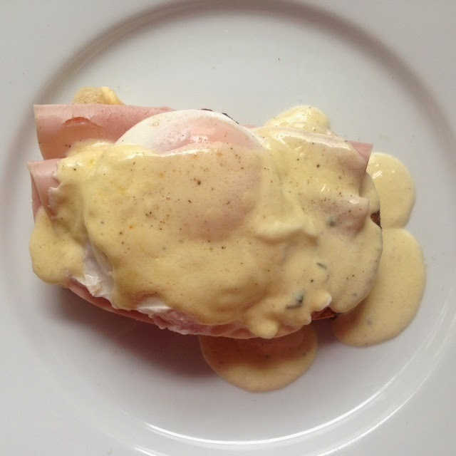 Poached egg with gruyere and parmesan cream