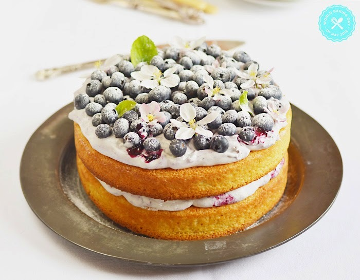 Hazelnuts, lemon and blueberry cake for the WBD 2015 / Bolo de avelãs, limão e mirtilos para o WBD 2015.