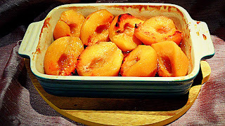 Roast quinces with vanilla syrup