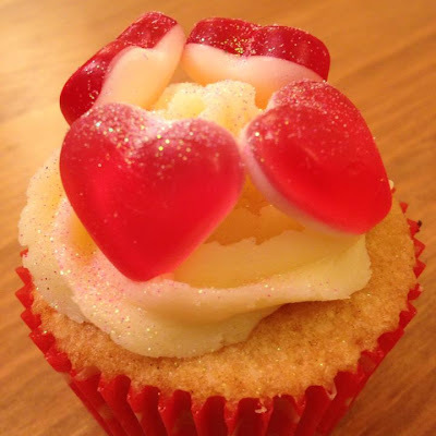 Sweet Heart Valentine Fairy Cakes and Buttercream Recipe