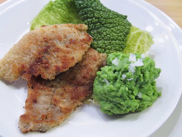 Paistettu kampela ja hernesose – Pan Fried Flounder and Mashed Peas