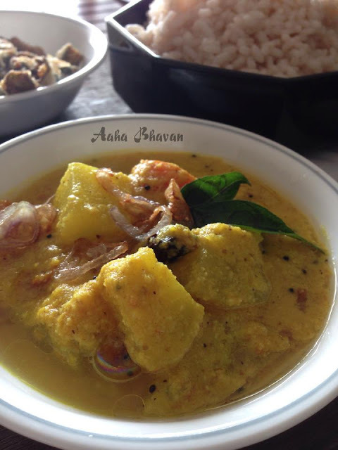 Parippu takkali curry / Kerala dal with seasonal vegetables