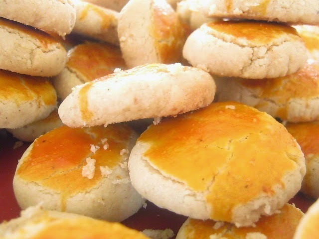 Choux pastry with cinnamon custard ( Soes Vla kayu manis ) - Recipe ...