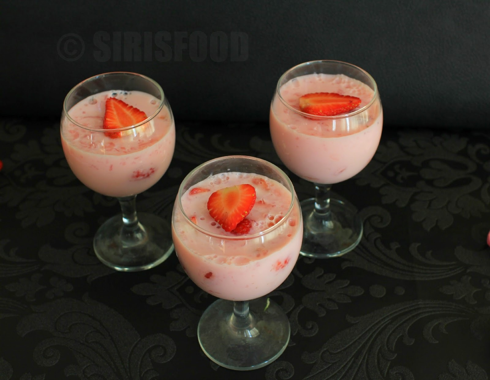 Agar Agar Strawberry Pudding | China grass Pudding