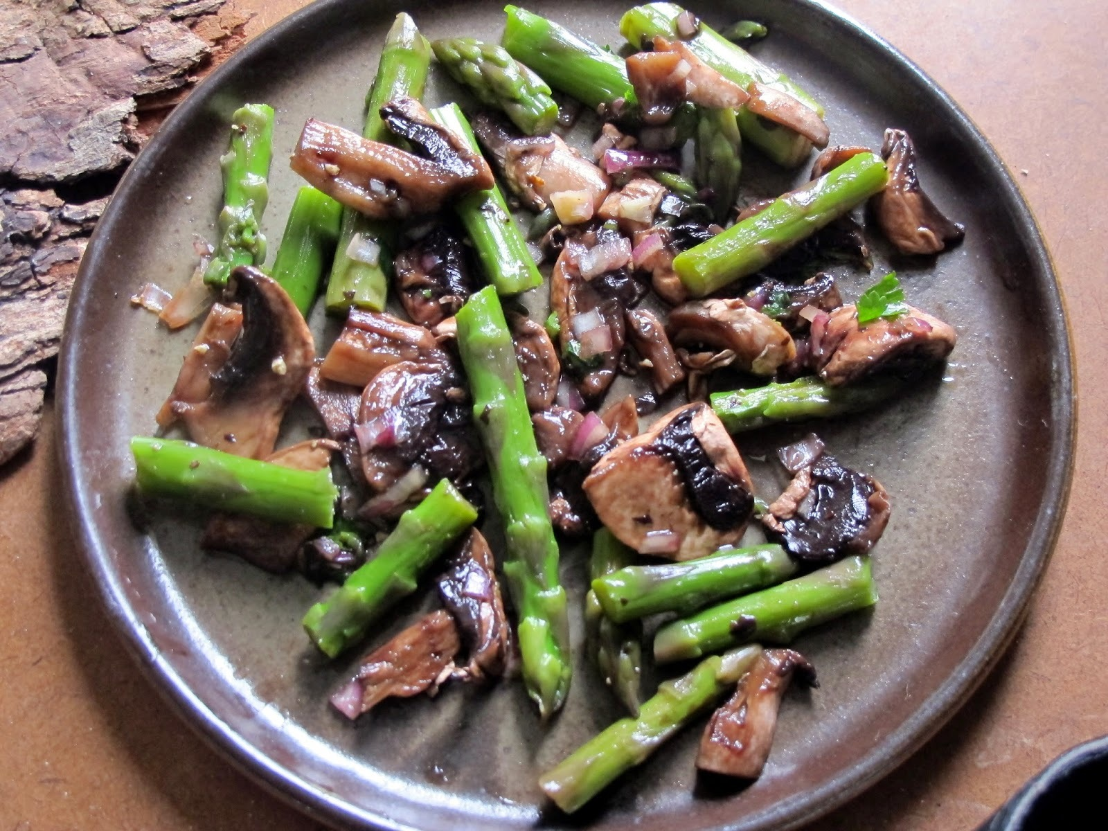 Asparagus and Mushrooms  with Asian Dressing