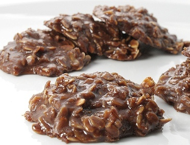 No Bake Chocolate Oatmeal Cookies – the secret to the creamiest holiday treats ever!