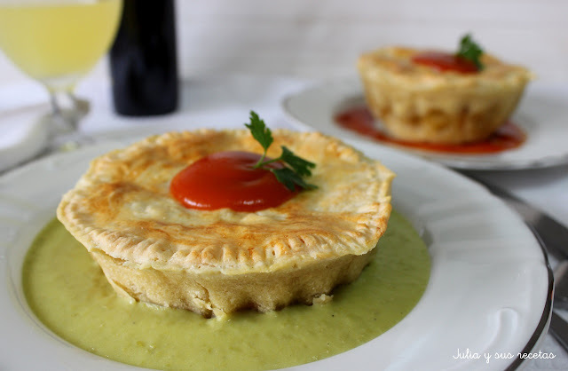 MEAT PIE FLOATER O PASTEL DE CARNE