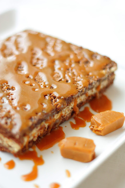 Browniebars with Cookie Dough filling and Caramel top