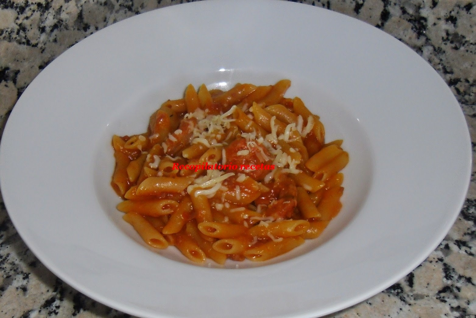 Macarrones con tomate en thermomix