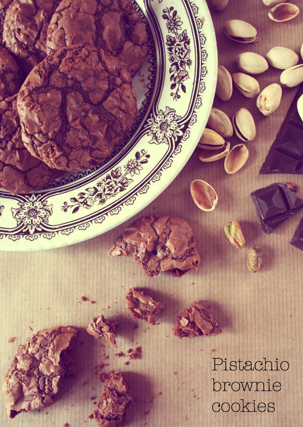 PISTAASI BROWNIE COOKIET - PISTACHIO BROWNIE COOKIES