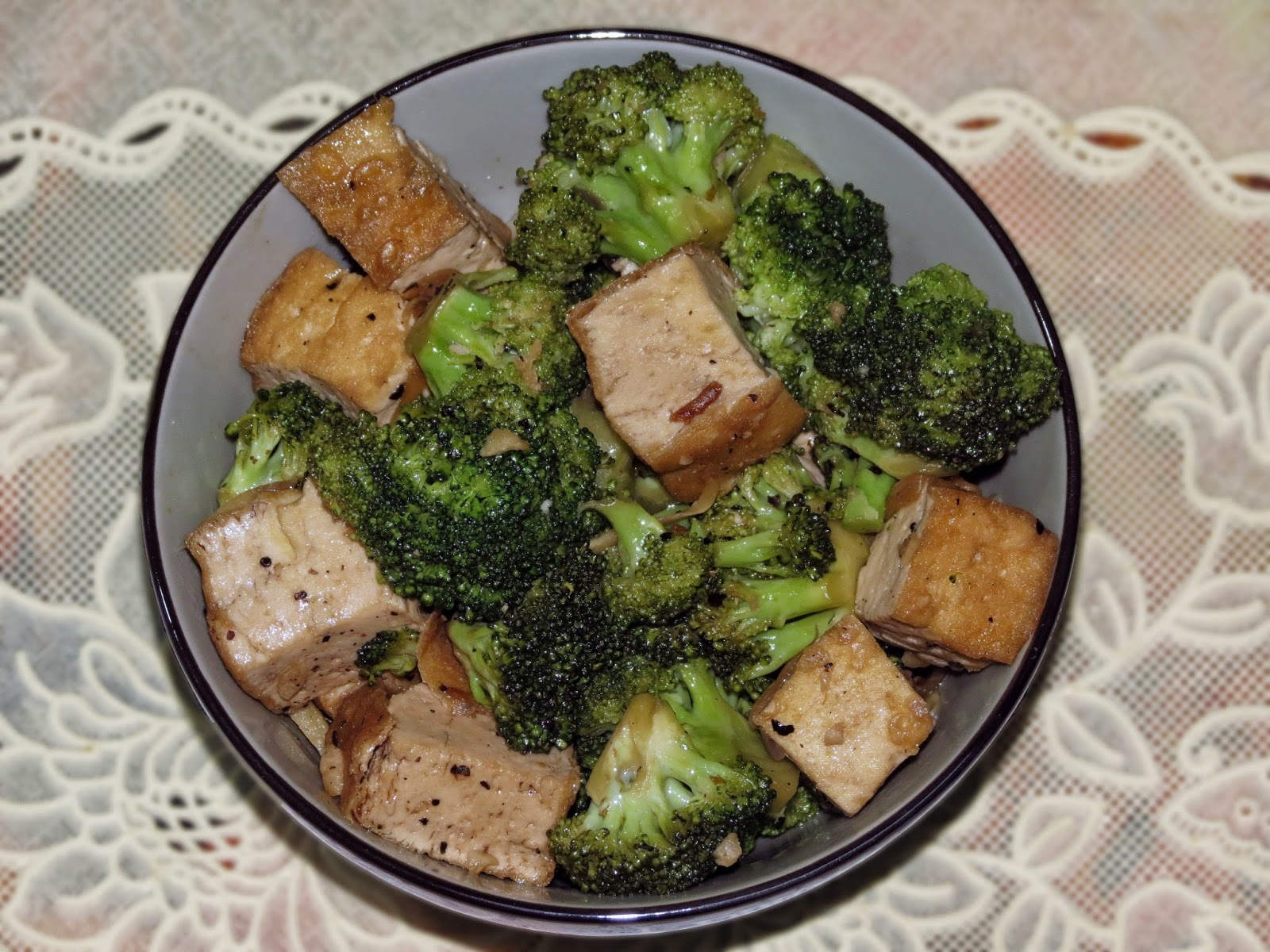 Tofu & Broccoli Stir Fry